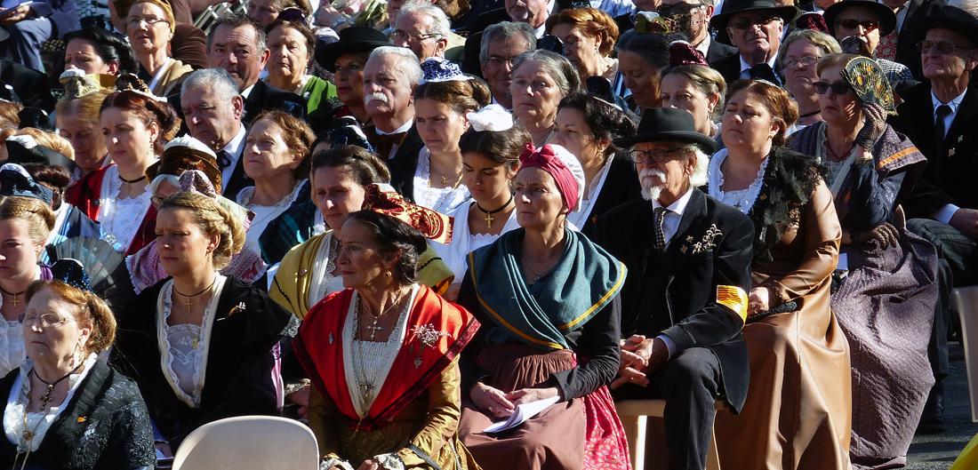 lourdes procession mariale